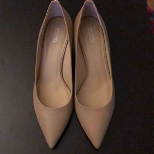Nude Michael Kors pumps. Size 9.5